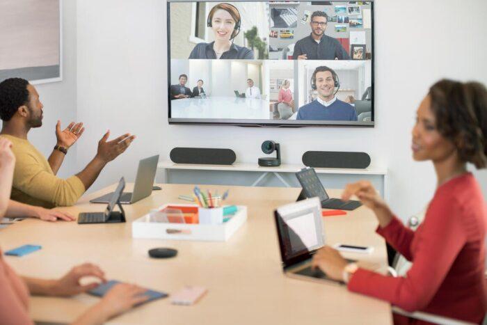 5 razones para tener un sistema de videoconferencias